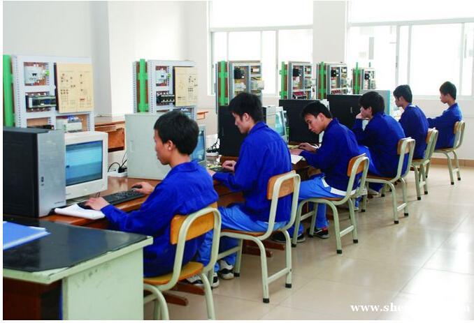 肇庆中专学校电气自动化设备安装维修专业——肇庆技师学院